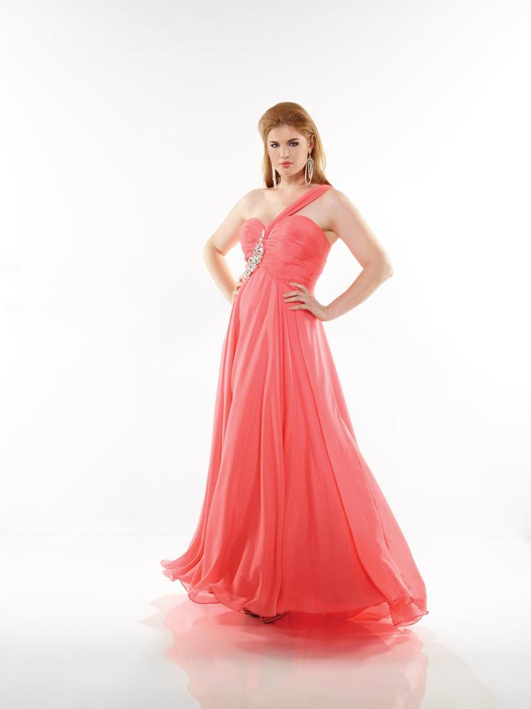 Riva Designs Plus Size Prom Dresses. Spring-Summer 2013