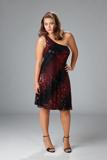 Curvy & Plus Size Clothing THE ICONIC is the premier online destination for figure-flattering fashion to suit every size, shape and figure, and our carefully chosen curvy line caters to women with shapely, feminine silhouettes.