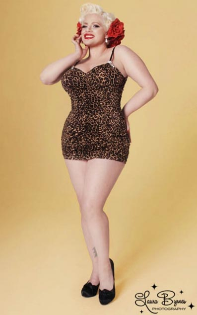 foto de Pinup Girl Clothing Collection Plus Size American Plus